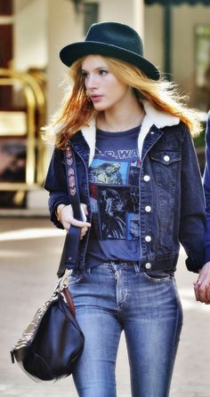 Bella thorne in ripped jeans with her boyfriend Greg sulkin in Vancouver, Canada, Oct 2015. She was in jeans, star wars T-shirt with a jacket and was carry