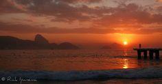 Amanhecer na Praia de Copacabana - Dawn in Copacabana Beach - Rio de Janeiro - Brasil | Flickr: Intercambio de fotos