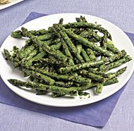 Chimichurri—a garlicky Argentinian herb sauce—is traditionally made with parsley as the primary herb. Here, the addition of fresh tarragon makes it an ideal partner for meaty grilled asparagus. Fine Cooking Recipes, Grilling Recipes, Healthy Recipes, What's Cooking, Vegetarian Recipes, Veg Dishes, Vegetable Dishes, Side Dishes, Easy Asparagus Recipes