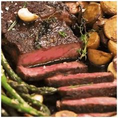 Steak Recipes Pan, Steak Dinner Recipes, Easy Dinner Recipes, Beef Recipes, Easy Recipes, Easy Meals, Cooking Recipes, Recipe For Steak, Healthy Steak Dinners