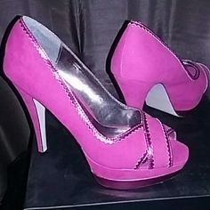 Fuchsia Heels Soft to the touch fuchsia heels Shoes Heels