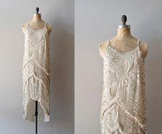 1920s dress / beaded 20s dress / Diaphanous Star por DearGolden