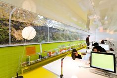 Natural Office Design With Vertical Garden Design, Photo Natural Office  Design With Vertical Garden Design Close Up View.