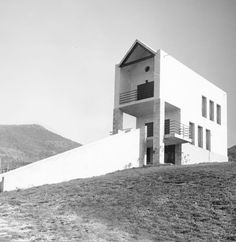 Iribarren house in Sorauren hamlet, Basque Country, Spain - Iñiguez & Ustarroz, 1977; extended in 1982