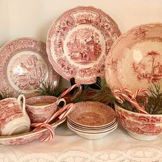 Kim Fleming (@numbernineteenvintage) • Instagram photos and videos English China, Fine China, Tablescapes, Red And White, Tea Cups, Decorative Plates, Shabby Chic, Pottery, Tableware