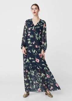 Floral-print flowy dress Mango Fashion, Outlet, Cool Outfits, Floral Prints, 6f86475691b8