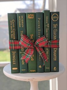 Purple Books, Green Books, Book Centerpieces, Modern Books, Small Book, Literary Gifts, Science Fiction Books, Anne Of Green Gables, Cottage Chic