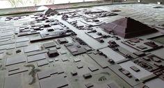 Maquette de Teotihuacan, cité pré-aztèque mexicaine (prise dans le musée). Copyright : Kalagan Visite du site : http://goo.gl/yuE5AG