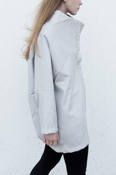 Geometric kimono-coat /