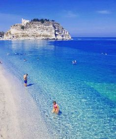 affordable vacation packages to italy - Best Italy Trip - Diy-urlaubsorte Vacation Places, Vacation Destinations, Dream Vacations, Vacation Spots, Jamaica Vacation, Vacation Ideas, Vacation Packages, Beautiful Places To Travel, Wonderful Places