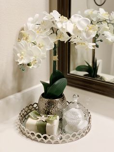 Maritza Ortega & Co, Cypress, Texas. We specialize in staging vacant and occupied properties in Northwest Houston. Open Floor, Home Staging, Master Bath, Bathroom, Simple, House, Inspiration, Ideas, Home Decor