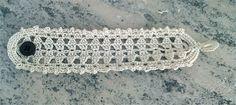 Ravelry: Lace bracelet 2 pattern by Lia Govers Free bracelet pattern Crochet Belt, Crochet Fabric, Thread Crochet, Crochet Flowers, Knit Crochet, Free Crochet, Crochet Jewelry Patterns, Crochet Accessories, Bracelet Patterns