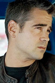 London boulevard Colin Farrell He such a gentlemanly hottie here Celebrity Look, Celebrity Crush, Hollywood Actresses, Actors & Actresses, Tv Shows Funny, Jonathan Rhys Meyers, Ben Barnes, Colin Farrell, Jeremy Renner