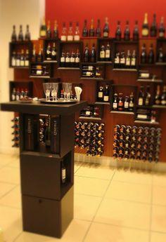 Arredamento esigo per cantine esigo wine cellar for Arredamento enoteca wine bar