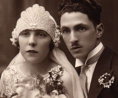 Mojouk on Craftster wants to recreate her great-grandmother's 1920s wedding headdress.