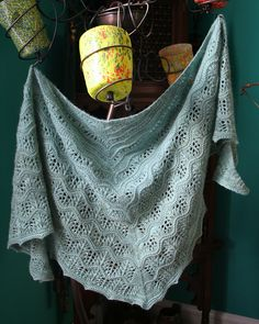 Easy Lace Knitting Pattern. To learn lace knitting, go to http://knitfreedom.com/classes/lace-knitting. (c) Izi