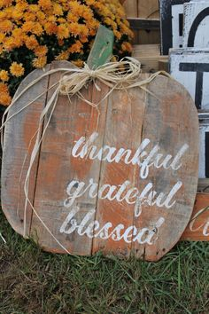 Pumpkin Quote Reclaimed Wood Pallet Sign von MrsSBarefootStudio