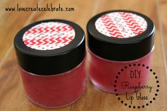 DIY Raspberry Lip Gloss - great gift for mom, daughter, sister, friend, etc. #beauty #DIY #tutorial