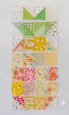12 Minis in 12 Months - January Pineapples - chain piecing Quilting Tips, Quilting Projects, Sewing Projects, Diy Projects, Cute Quilts, Mini Quilts, I Spy Quilt, Pineapple Quilt, Picnic Quilt