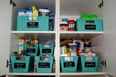 DIY Chalkboard Labels for Pantry Organization | The Thinking Closet