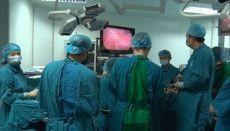Chuyển giao kỹ thuật phẫu nội soi sản khoa cho Quảng Trị - Nhân Dân
