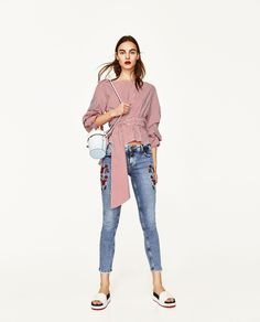ZARA - WOMAN - MID-RISE JEANS WITH FLORAL EMBROIDERY