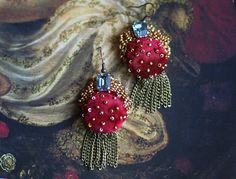 Medieval inspired romantic lightweight earrings are bold and showy, yet delicate and refined.