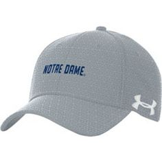 0d44cdf34c1 Under Armour Men s Notre Dame Fighting Irish Grey Novelty Blitzing Hat
