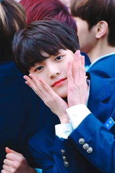 Cha Junho was born in 2002 and Produce Stand, Produce 101, Lee Dong Wook, I Hate Boys, Boy Idols, Woollim Entertainment, Junho, Handsome Boys, Hd Photos