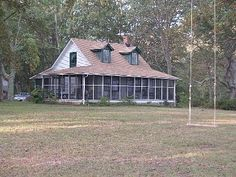 Deltaville cottage rental - Front of Cottage (view from the River) would be fun family get away