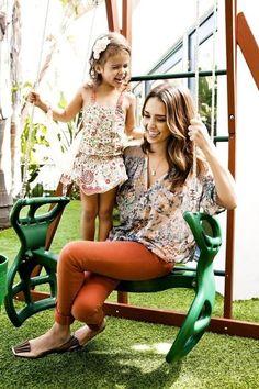 stylish mother - jessica alba