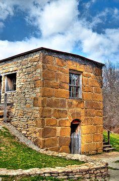 Jail ~ gregodonnell @ flickr ~ abandoned farm house building, Kansas City, USA