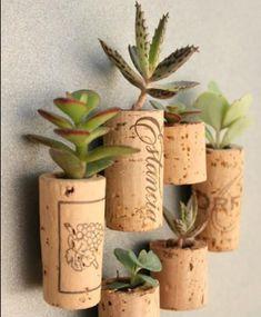 Otra idea para reutilizar, los corchos q quedan por ahí después de las fiestas...q lindo!! #mialuna #reutilizable