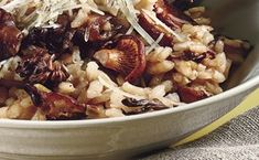 Wild Mushroom Risotto - 4 forks from Epicurious Rice Dishes, Pasta Dishes, Food Dishes, Main Dishes, Healthy Dishes, Dinner Dishes, Veggie Dishes, Wild Mushroom Risotto Recipe, Mushroom Recipes