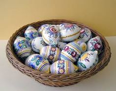 Modra ceramic eggs from Slovakia Heart Of Europe, Easter Season, Egg Art, Egg Shape, Bratislava, Beautiful Artwork, Easter Eggs, Pottery, Handmade