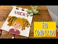 Lana, Youtube, Tapestry, Crochet Wall Hangings, Crochet Tutorials, New Ideas, Creative Gifts, Crochet Accessories, Bedspreads