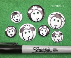 Sharpie Sheep Buttons - Repeat Crafter Me Easy Crafts, Diy And Crafts, Crafts For Kids, Arts And Crafts, Button Art, Button Crafts, Sewing Projects, Craft Projects, Projects To Try