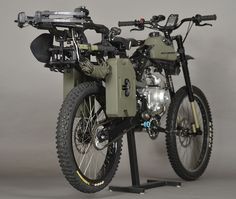 Regardless of whether you're looking to disappear into the woods for a weekend or if you're trying to do some doomsday prepping, Motopeds has the answer for you. Based in Santa Cruz, CA, the company already sells an innovative half bicycle and half dirtbike mashup, but it is about to take two-pedal adventuring to an entirely new level with the upcoming Motopeds Survival Bike.
