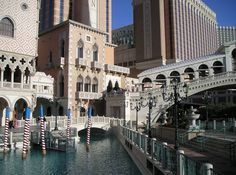 The Venetian - Las Vegas the perfect city getaway - click for tips!