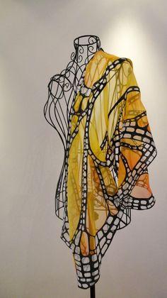 Wear this gauze scarf & look like a butterfly!