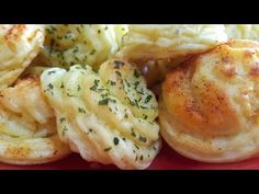 purée de pomme de terre au four بطاطس مهروسة في الفرن منسمة - YouTube
