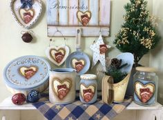 Imagem Christmas Love, Christmas Gifts, Christmas Decorations, Tole Painting, Painting On Wood, Cute Crafts, Crafts To Make, Crafts With Glass Jars, Arte Country