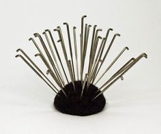 Better Understanding Felting Needles What does the felting needle do? The felting needle is a barbed needle used with...