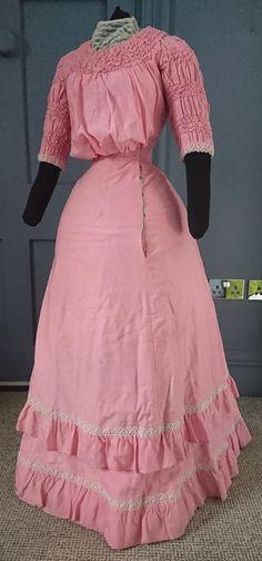 Gothic Corset, Gothic Lolita, Black Corset, Victorian Gothic, Gothic Girls, 1890s Fashion, Vintage Fashion, Steampunk Fashion, Gothic Fashion
