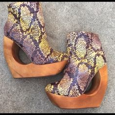 Re poshing Jeffrey Campbell heels Brought them last year and only wore them once very comfortable Shoes Ankle Boots & Booties