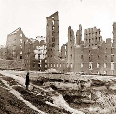Richmond, Virginia. Ruined buildings