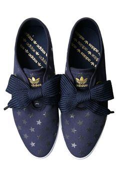 adidas bow flats, German, Fashion, zapatillas cute, moda, chicas www.PiensaenChic.com