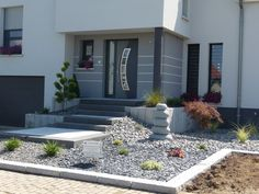 Zen Garden Design, Yard Design, Modern Door, Diy House Projects, Pathways, Garden Landscaping, Modern Farmhouse, Landscape, Outdoor Decor