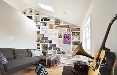 """Kleine woningen vragen om een slimme manier van inrichten, gecombineerd met gezelligheid met structuur. Een kleine woning inrichten is een kunst en kan best lastig zijn,deuitdaging om er een bijzonder enruim """"thuis"""" van te maken. 1. Scheidingselementen Zoals bijvoorbeeld een scherm, kast, plantenunit of een sofa. Op deze manier worden het functionele overgangen waarbij de […]"""