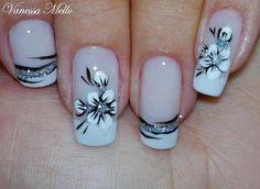 Mai nails I wanna do for prom!